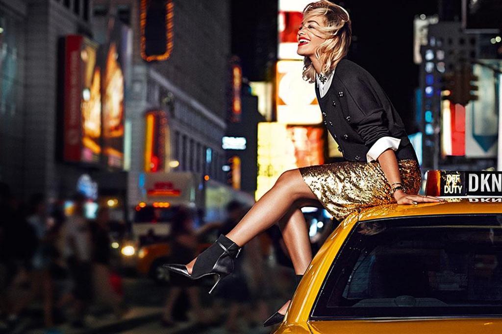DKNY Resort 2014 Ad Kampagne: Rita Ora 1