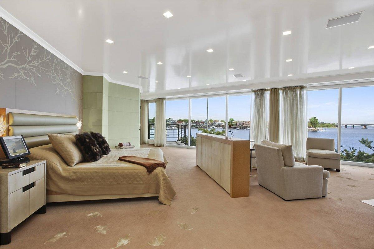 The $17 Million Waterfront Home in Brooklyn 9