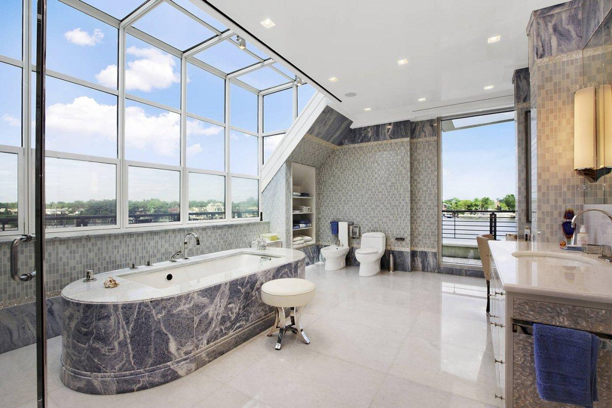 The $17 Million Waterfront Home in Brooklyn 11