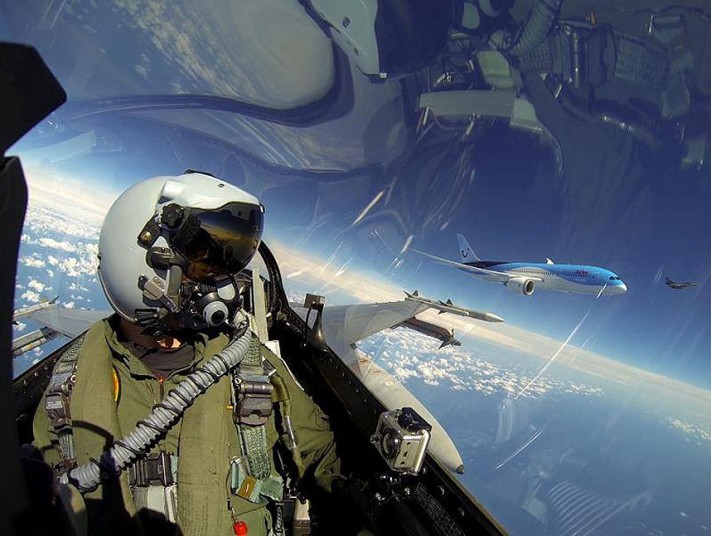 The-20-Most-Amazing-Selfies-01