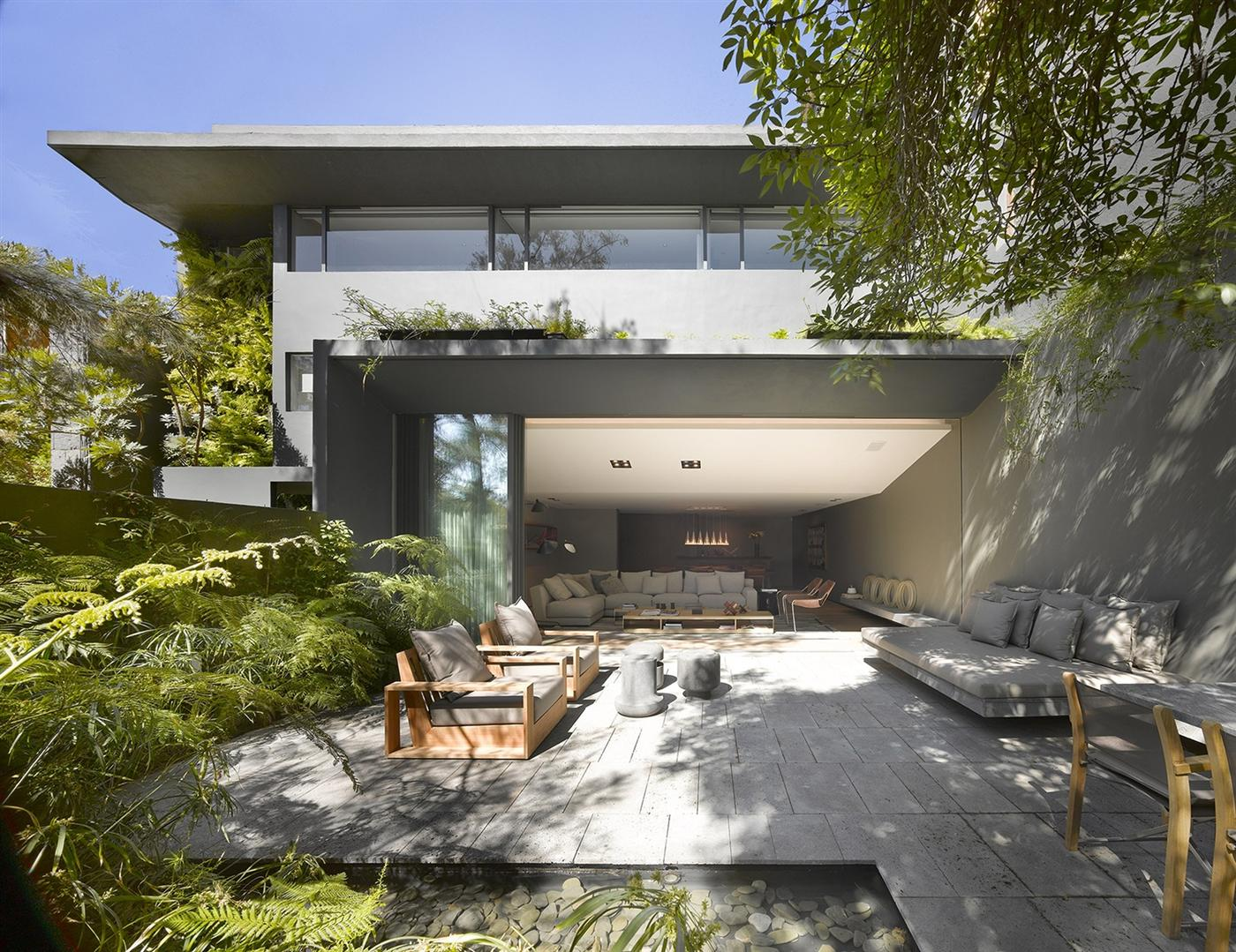 The Barranca House in Mexico City 2