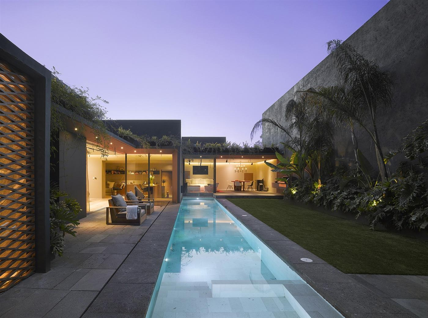 The Barranca House in Mexico City 1