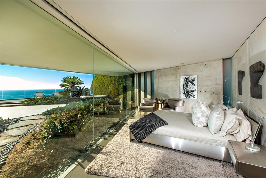 The Crescent House by Wallace Cunningham 6
