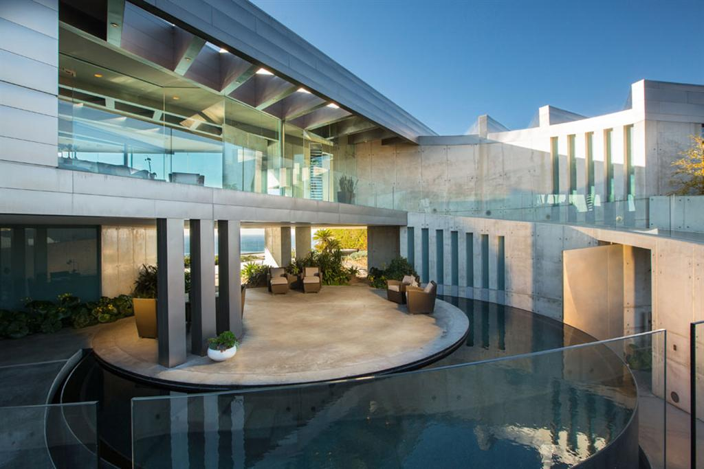 The Crescent House by Wallace Cunningham 9