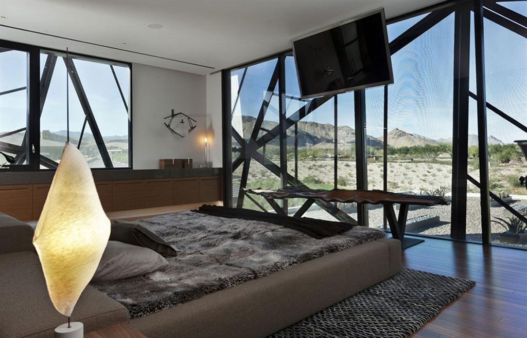 minimalistisches haus mit garten pool außentreppen aus stahl