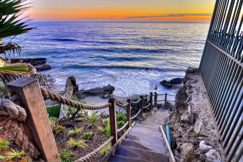 Villa rockledge in laguna beach listed for 30 million for A new image salon rockledge