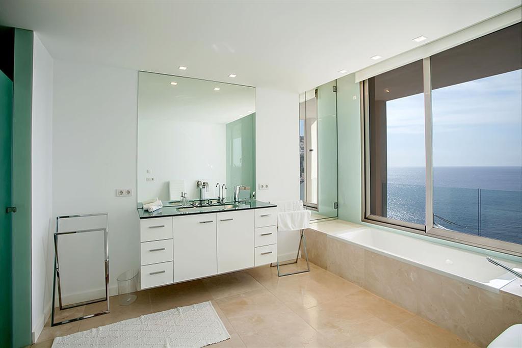 Beautiful Villa in Cala Llamp, Mallorca 6