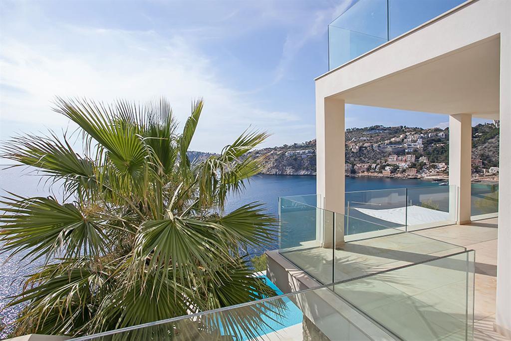 Beautiful Villa in Cala Llamp, Mallorca 9