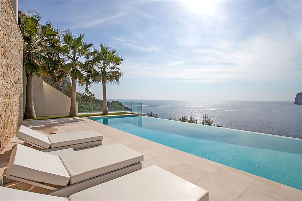 Beautiful Villa in Cala Llamp, Mallorca 11
