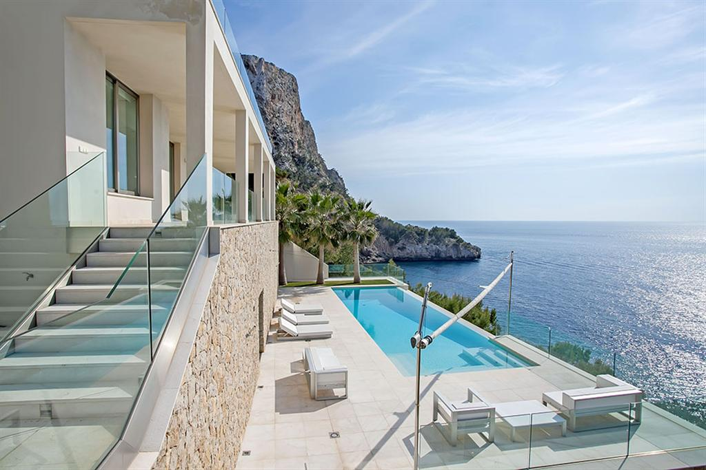 Beautiful Villa in Cala Llamp, Mallorca 12