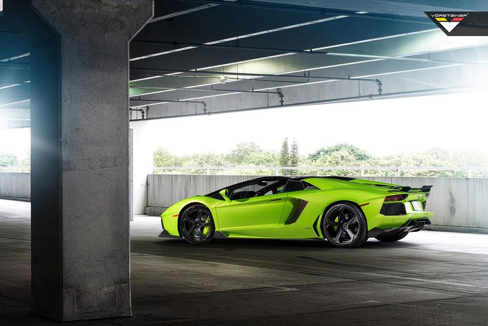Aventador-V Roadster 'The Hulk' by Vorsteiner 4