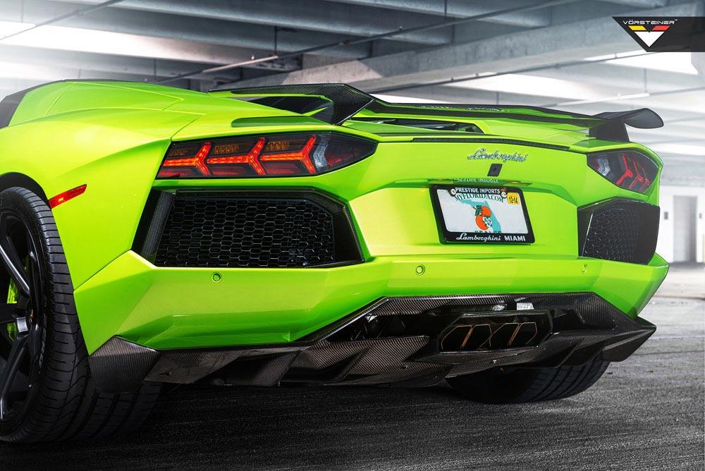 Aventador-V Roadster 'The Hulk' by Vorsteiner 8