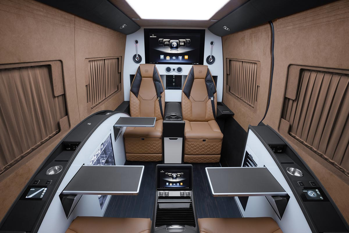 Brabus verwandelt Mercedes Sprinter in eine Business Lounge