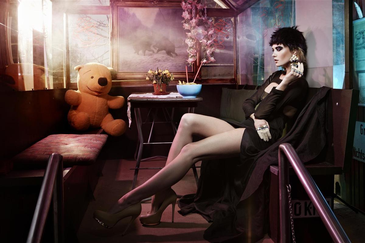Wonderland by Dennis Ignatov for HUG magazine 2