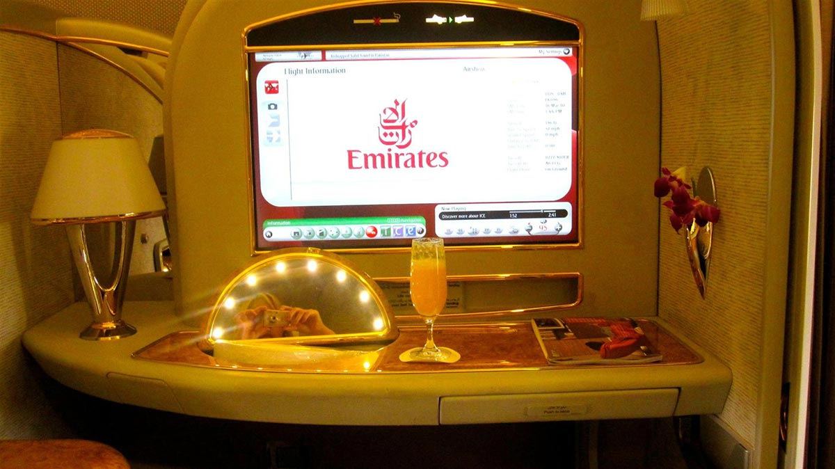 A $18,000 Dollar Flight in the Emirates First Class Suite 8