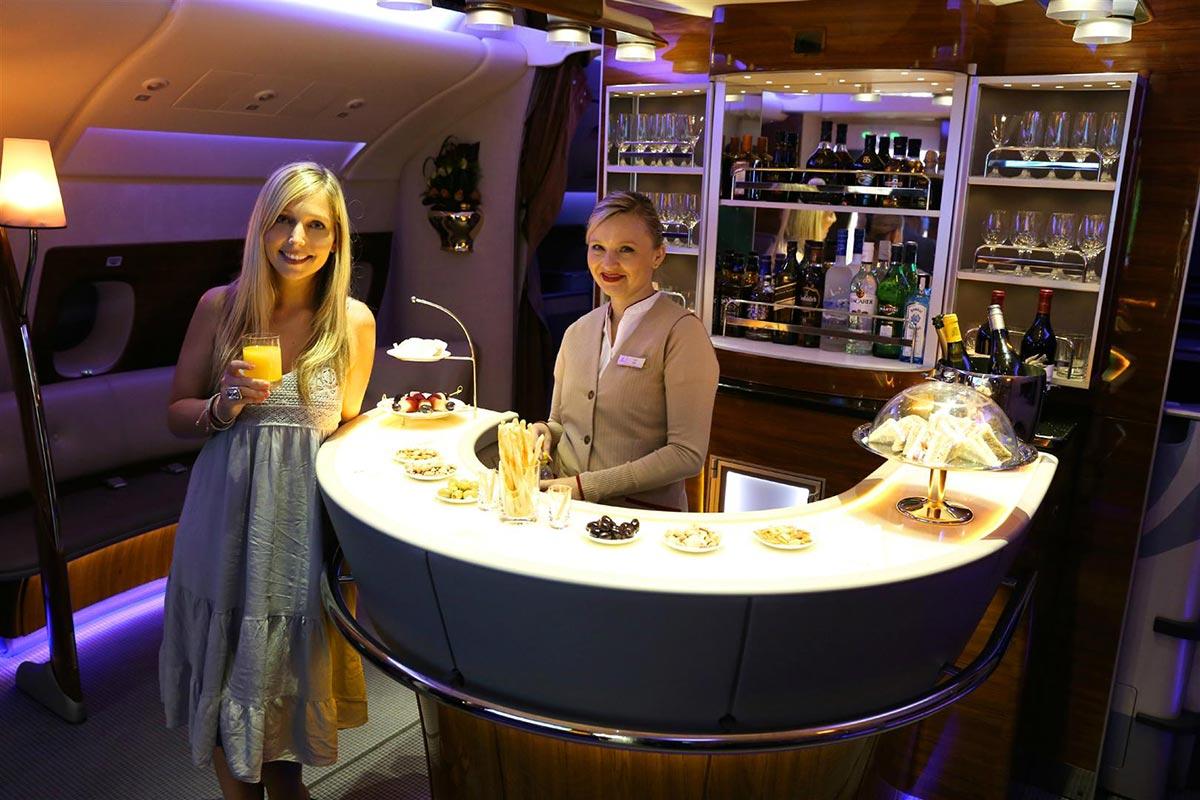Ein $18,000 Dollar Flug in der First Class Suite von Emirates 13