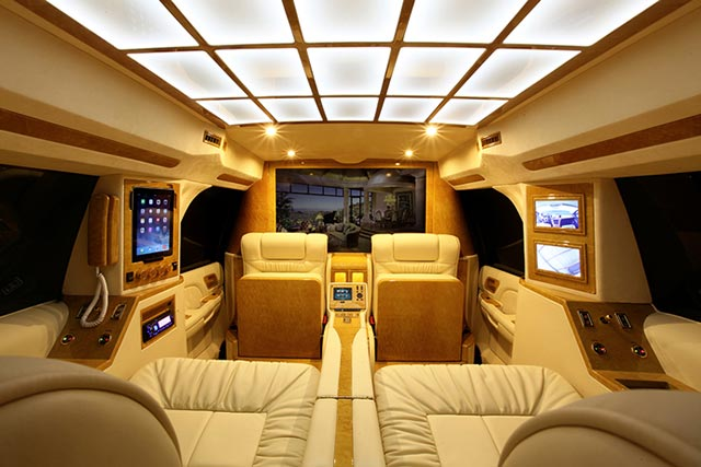 Individueller Cadillac Escalade X Lexani Motorcars Mr