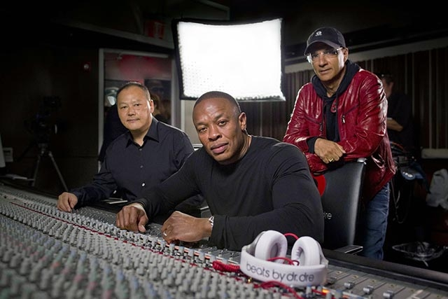 Apple 'Closing In' On Dr. Dre's Beats For $3.2 Billion