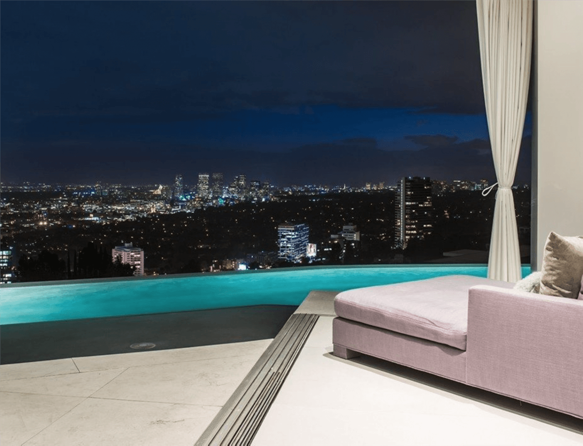 Rent the Winklevoss Mansion in L.A for $150.000 2