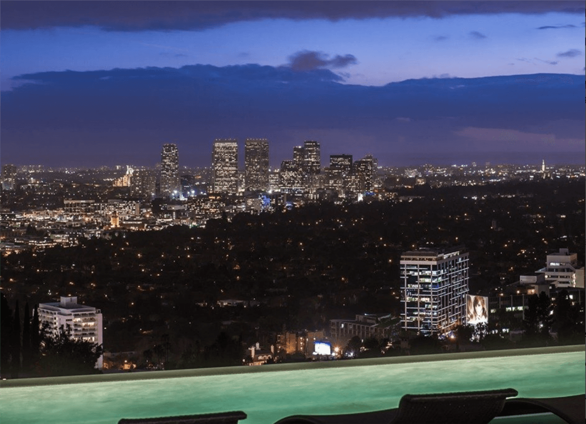 Rent the Winklevoss Mansion in L.A for $150.000 3