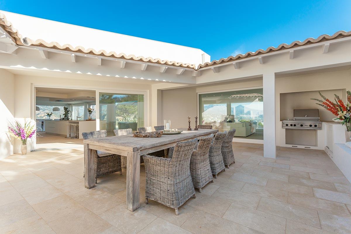 Villa with amazing views over Port Andratx 12
