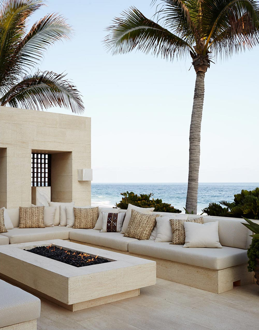 """George Clooney sells his dream home """"Casamigos"""" 6"""