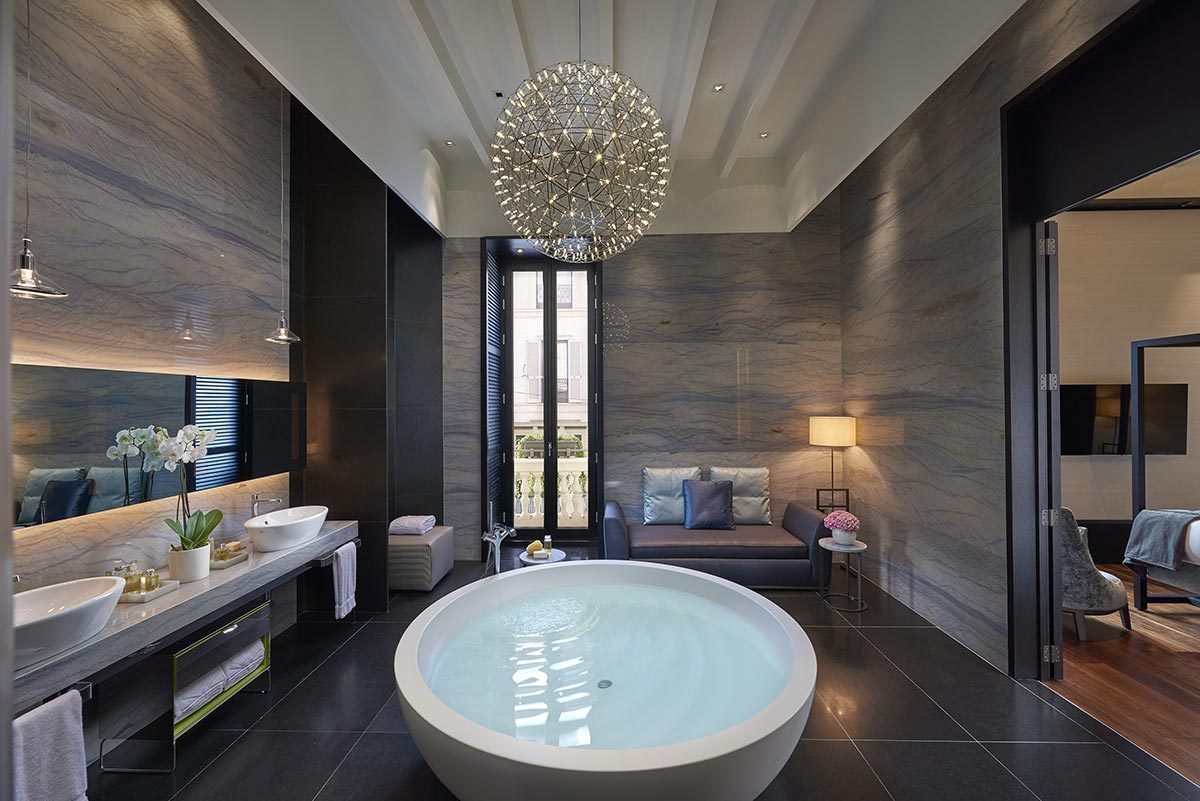Mandarin Orienatal Bathroom