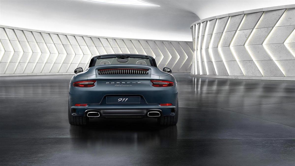 Porsche 911 Carrera 02