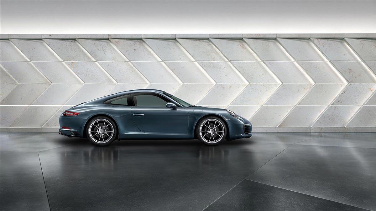 Porsche 911 Carrera 03