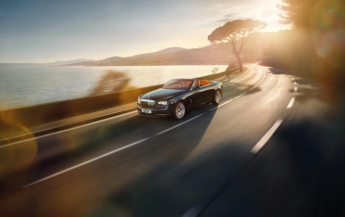 Homage to a life on the Côte d'Azur: The New Rolls-Royce Dawn 8