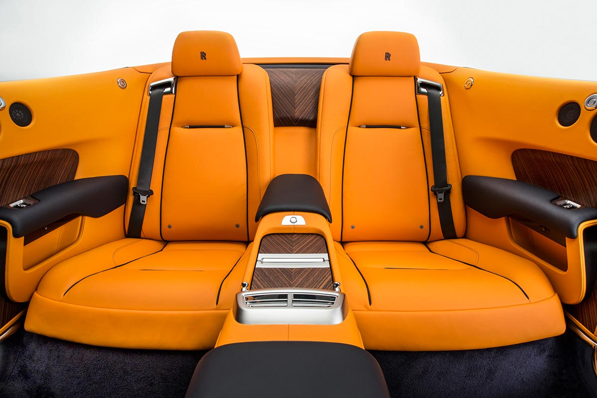 Homage to a life on the Côte d'Azur: The New Rolls-Royce Dawn 10