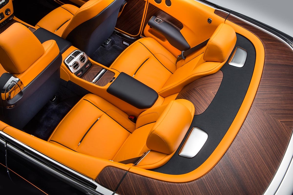 Homage to a life on the Côte d'Azur: The New Rolls-Royce Dawn 11