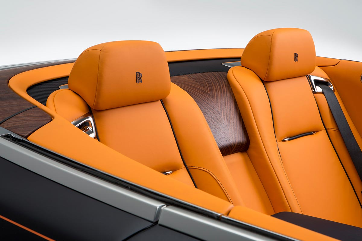 Homage to a life on the Côte d'Azur: The New Rolls-Royce Dawn 12