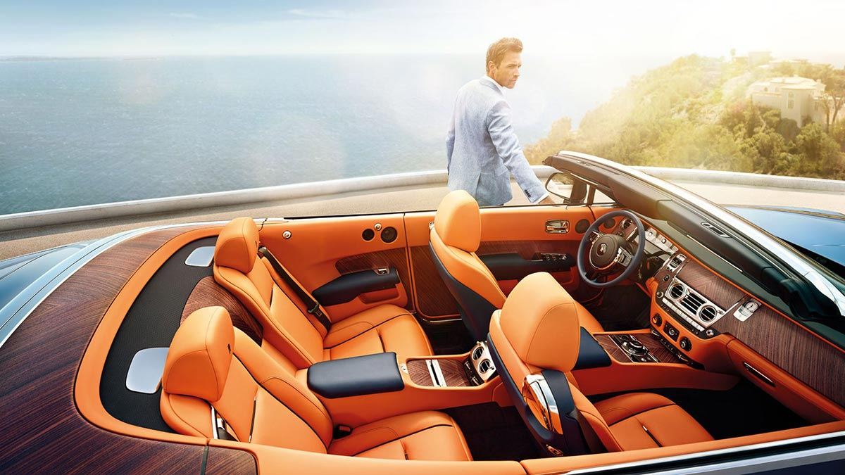 Homage to a life on the Côte d'Azur: The New Rolls-Royce Dawn 1