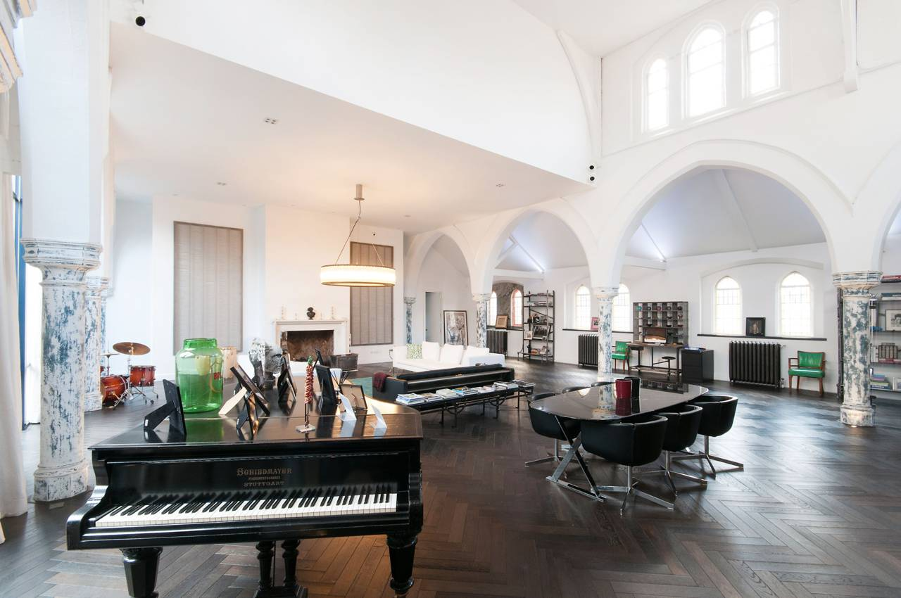 A massive London Church is transformed into a Luxury Home 2