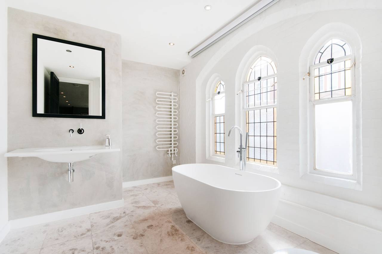 A massive London Church is transformed into a Luxury Home 6