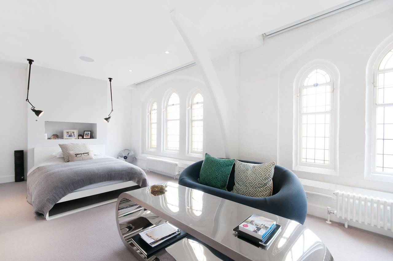 A massive London Church is transformed into a Luxury Home 5