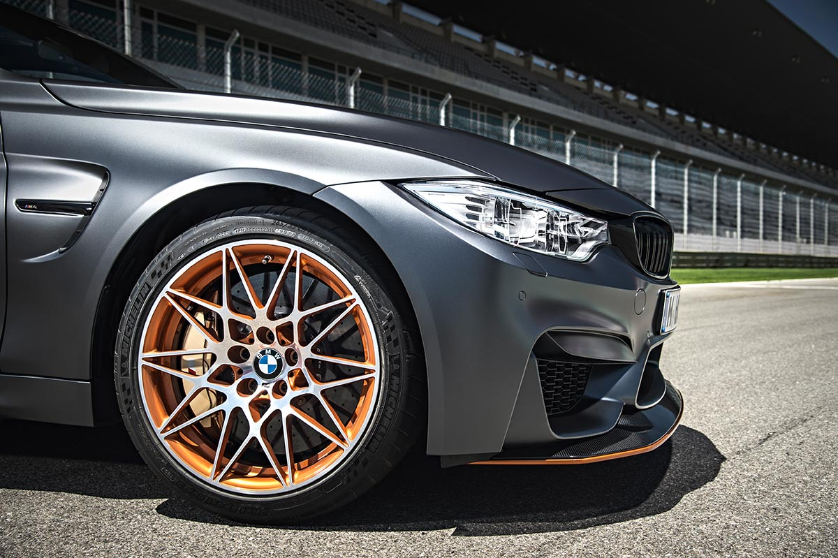 For the 30th anniversay: The new BMW M4 GTS 9