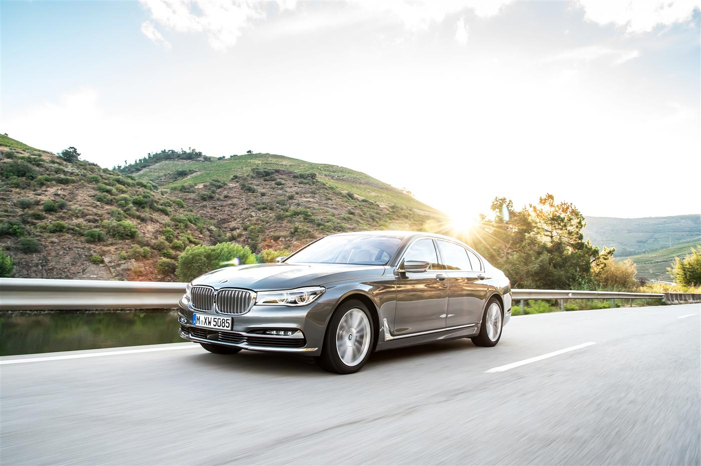 Introducing The 2016 BMW 7 Series 1