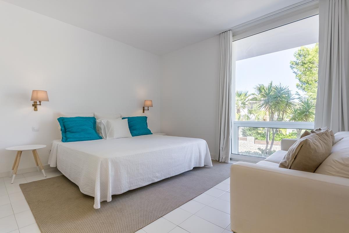Moderne Villa mit Panoramablick in Ibiza 3