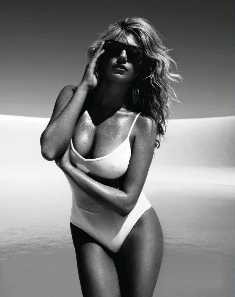 Kate Upton poses for Vogue Spain 2