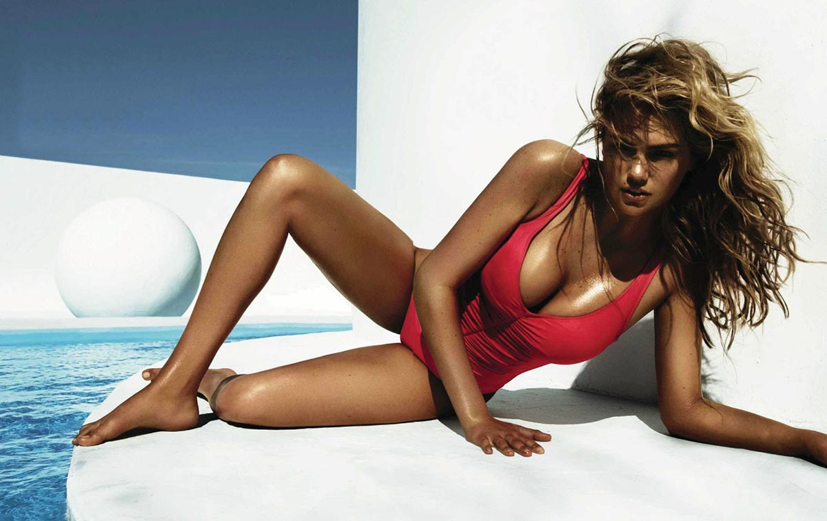 Kate Upton poses for Vogue Spain 1