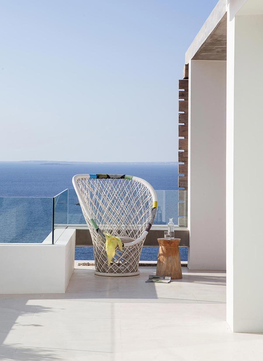 Ocean view home in ibiza by saota arrcc mr goodlife - Roca llisa ibiza ...