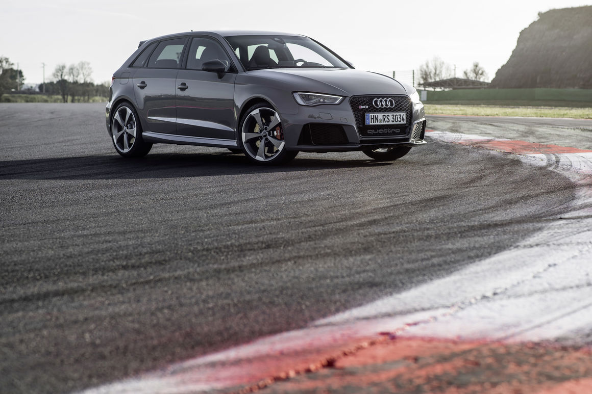 Hatchback Hottie: Driving the Audi RS3 4