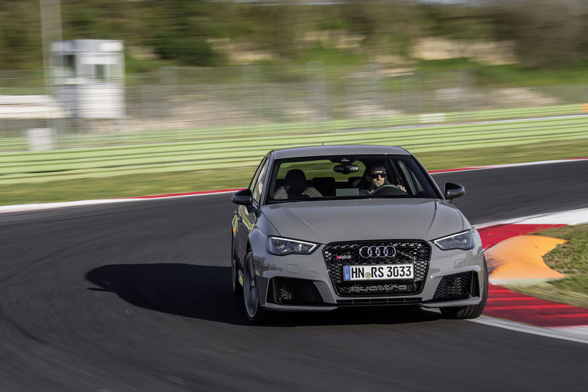Hatchback Hottie: Driving the Audi RS3 1