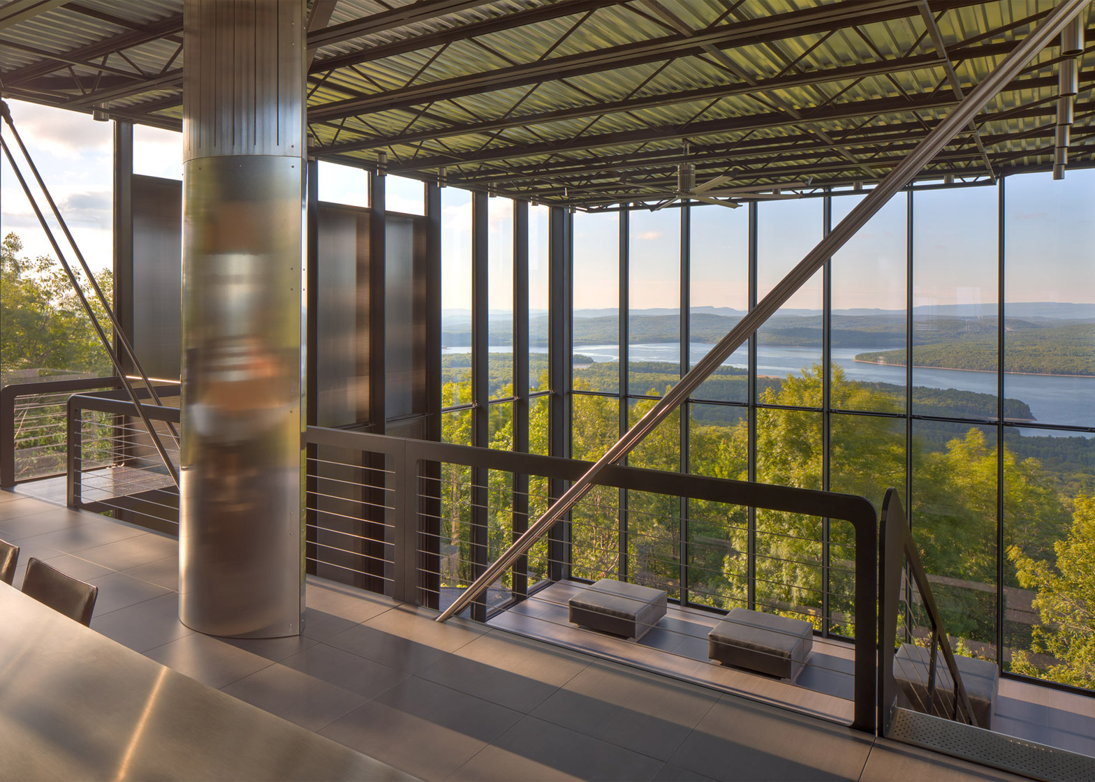 The Mirrored Hideaway in the Catskill Mountains 10