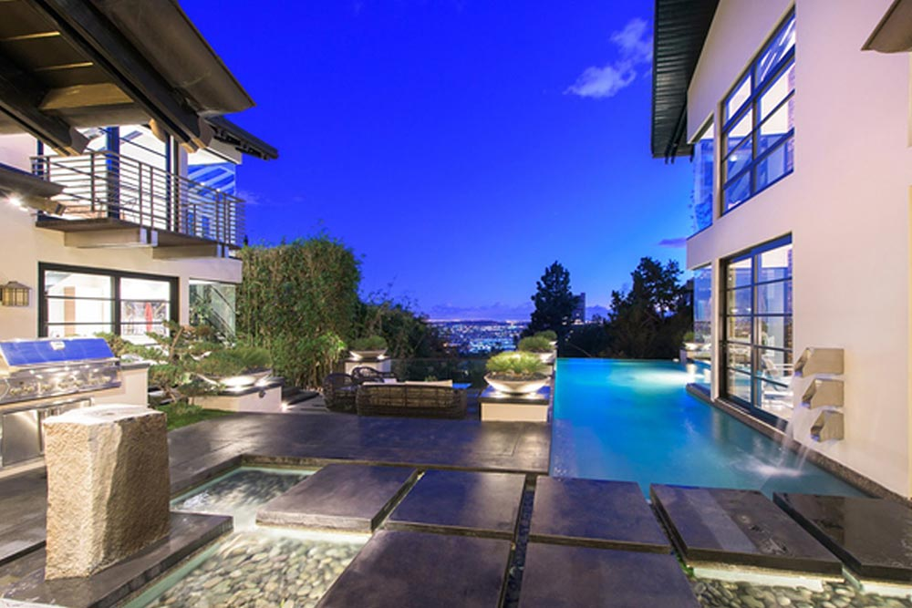 Calvin Harris Is Selling His $10 Million Hollywood Home 2