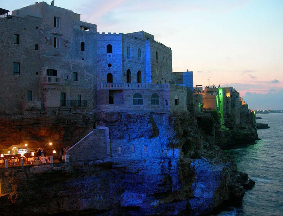 Das Höhlen-Restaurant in Polignano a Mare 4