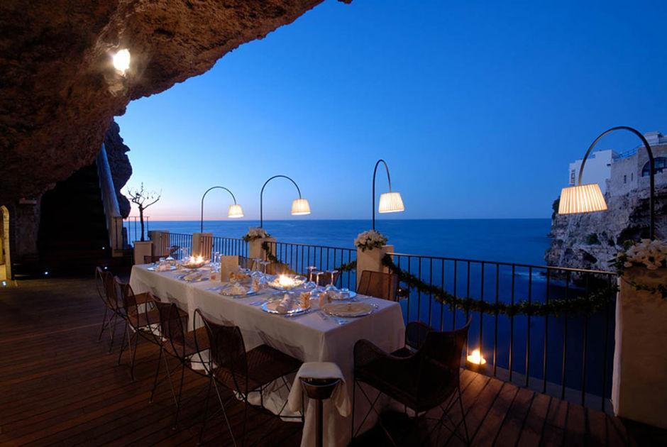 Das Höhlen-Restaurant in Polignano a Mare 9