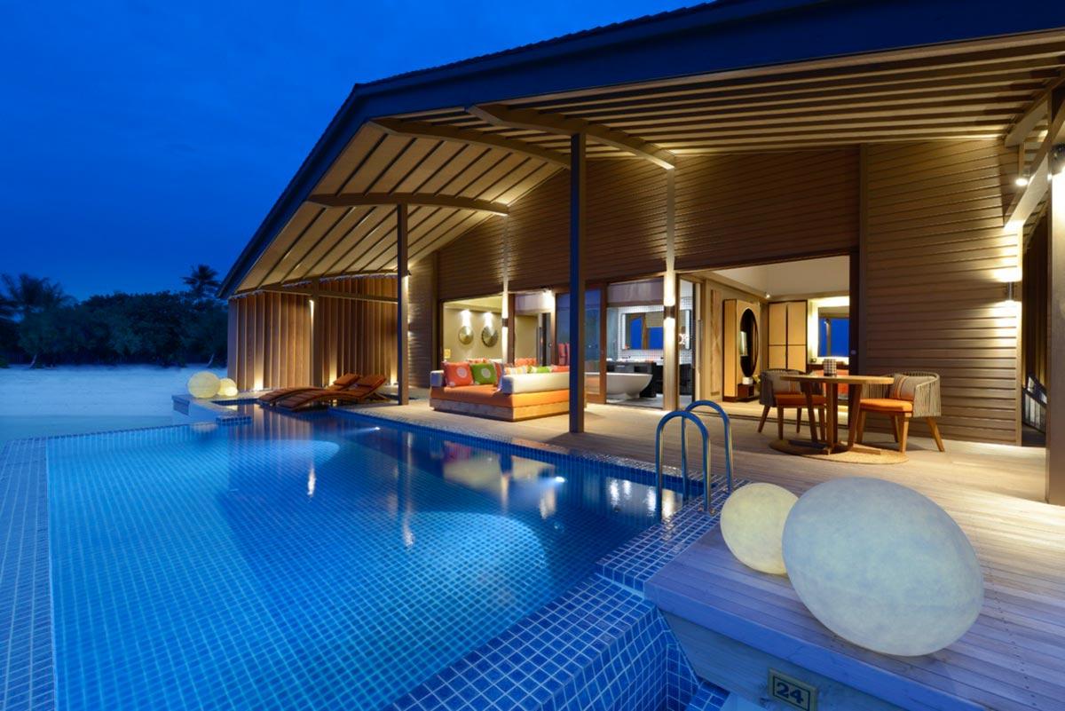 The World's First Entirely Solar Powered Resort x Villas de Finolhu 2